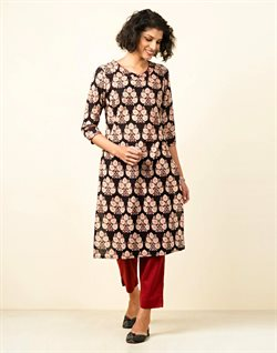 Clothes, shoes & accessories offers in the Fabindia catalogue ( 23 days left )