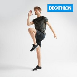 Clothes, shoes & accessories offers in the Decathlon catalogue ( 5 days left)
