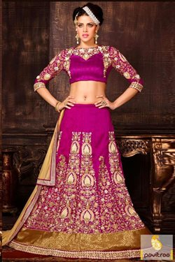 Skirt offers in the Pavitraa catalogue in Delhi
