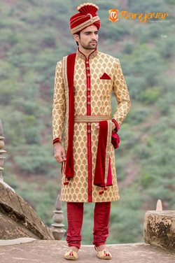 Offers from Manyavar in the Ahmedabad leaflet