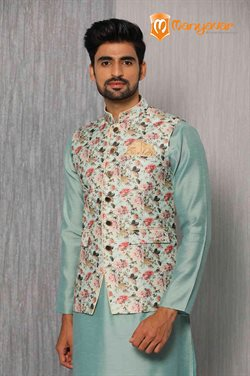 Offers of Table in Manyavar