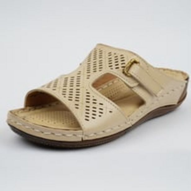 Womens Chappals Cream offer at ? 799
